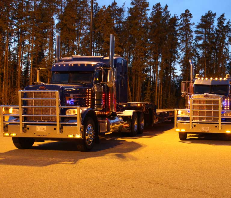 Heavy unit Landoll trailer Evergreen Park